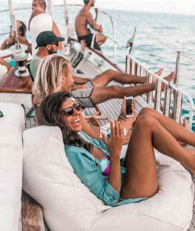 Boat rental, experiences & corporate events